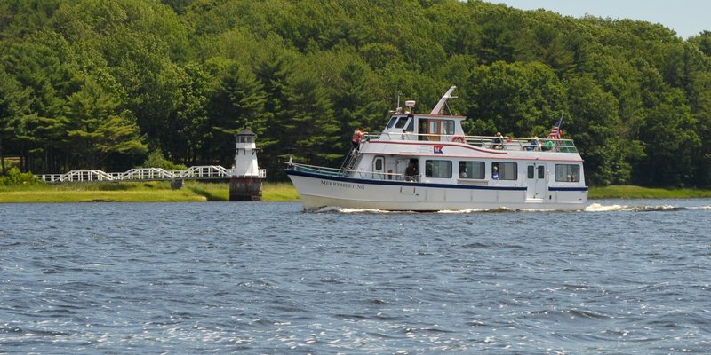 Key image for: Boat Charters